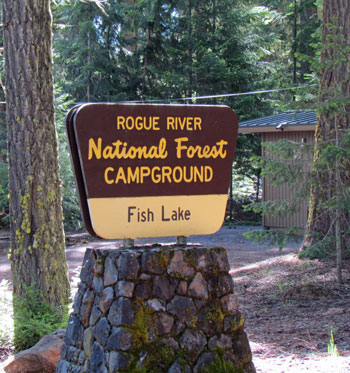 Fish lake campground rogue river national forest for Fish lake camping