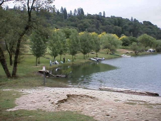 Greenhorn campground lake rollins photos rv parking for Public fishing spots near me